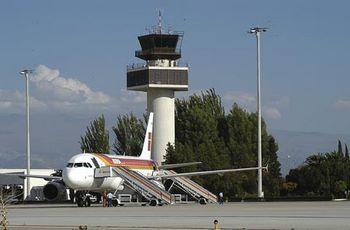 Biluthyrning Granada Flygplats